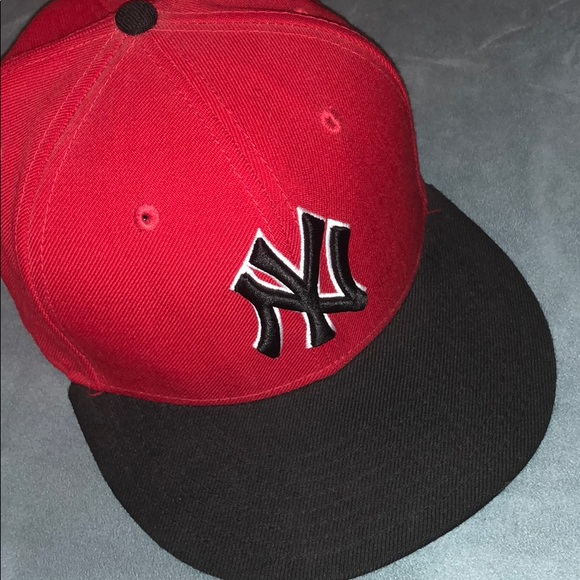 Red   Black New York Yankees New Era Fitted Cap. M 5a926c782c705d0f75a56a58 694f3b3f9bc
